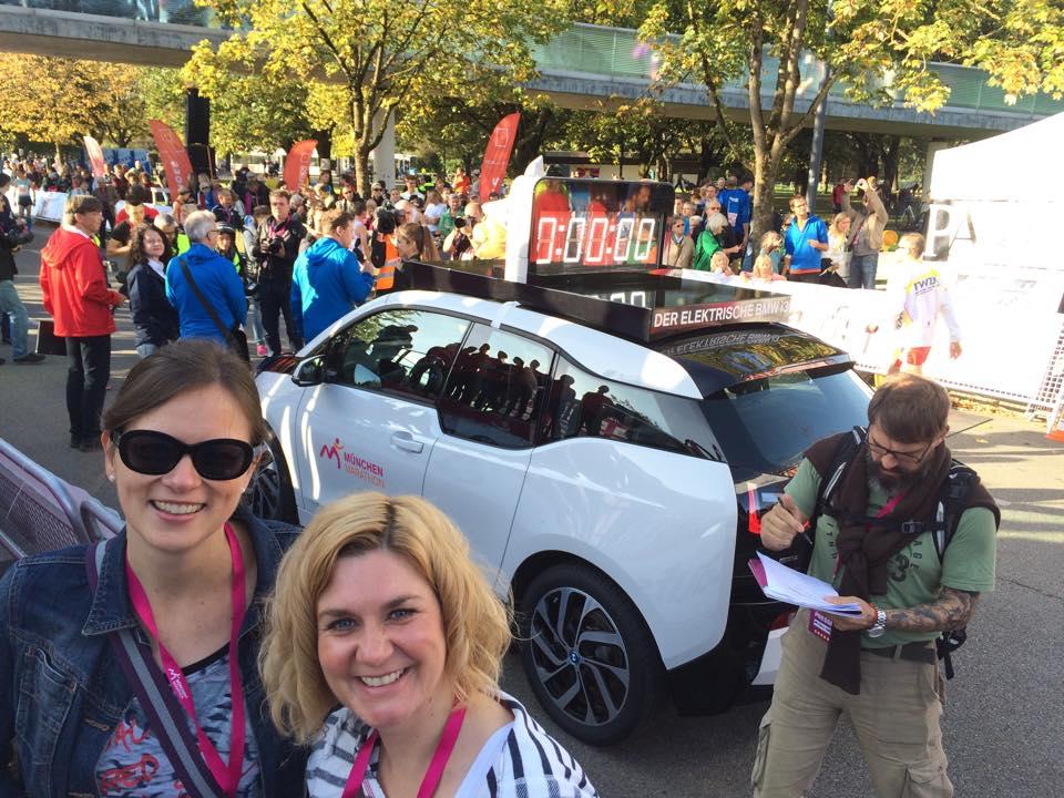 Emotionen pur und eine neue Perspektive: München Marathon im BMW-Führungsfahrzeug