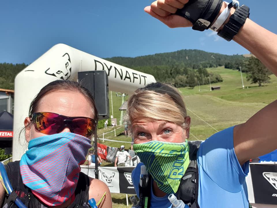 Andrea und Judith motiviert beim Trailrun-Wochenende in Imst.